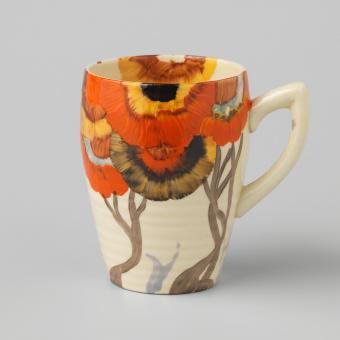 Clarice Cliff Teacup