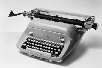 1966: A Royal typewriter