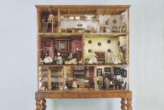 Antique Dollhouses: The Beauty of Miniature Design