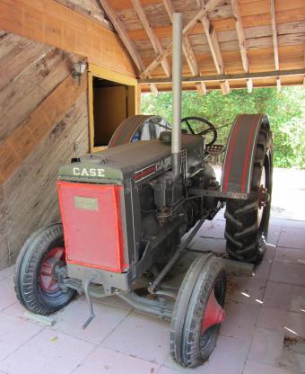 Case Model CC Tractor