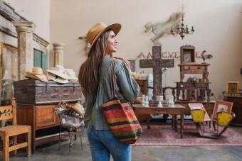 Antique Shopping in Cleveland: Guide to Top Stores and Malls
