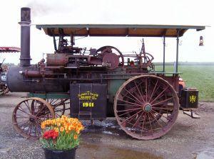Iowa Antique Tractor Parades