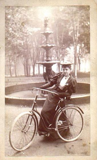 1860_bike.jpg