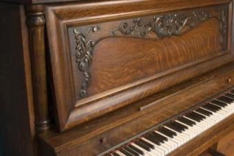 Antique Schoenhut Toy Piano
