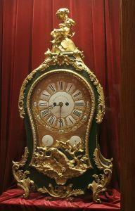 Identify an Antique Clock