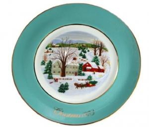 Christmas on the Farm Avon collectible plate