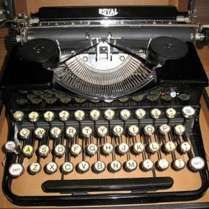 1932 Royal Portable Typewriter