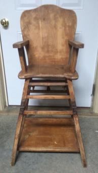 Antique high chair that turns into a child's desk. From www.etsy.com/shop/PassionsPlace