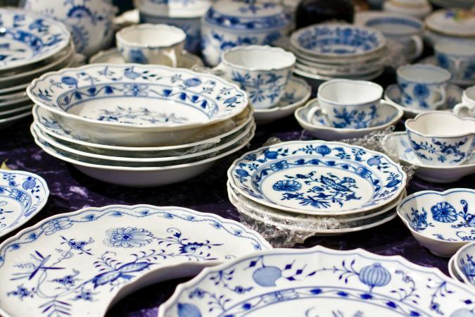 China in Berlin & Identify Antique China Patterns | LoveToKnow
