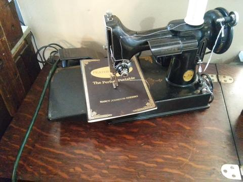 Antique Singer Sewing Machine Value LoveToKnow Beauteous How Much Are Old Sewing Machines Worth