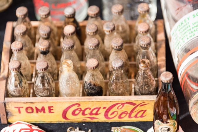 Multiple variations available.  Lot of 1 Vintage Coke Bottles