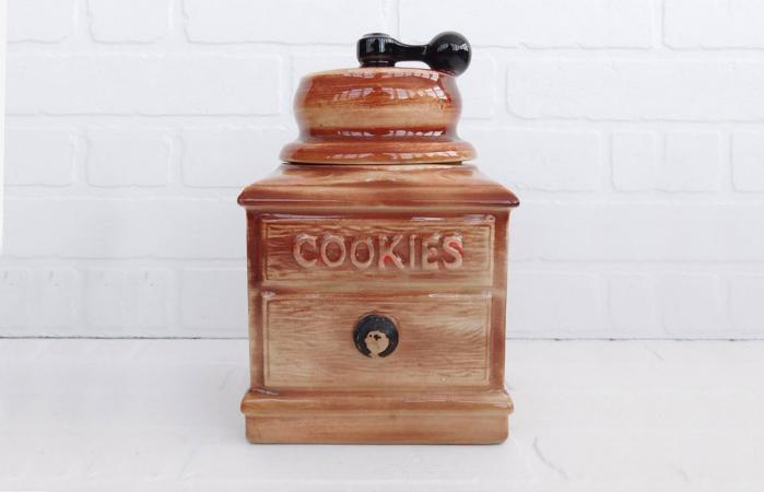 Vintage McCoy Coffee Grinder Cookie Jar