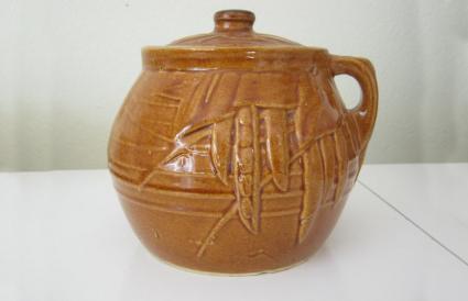 McCoy Bean Pot Cookie Jar