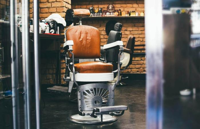 Stylish Vintage Barber Chair