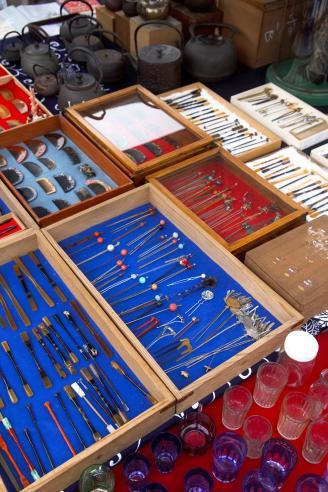 Antique Hair Accessories For Sale In Flea Market