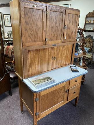 Antique Clean Sellers Hoosier Cabinet