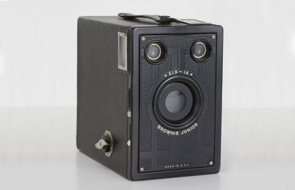 Kodak Brownie Junior Six-16