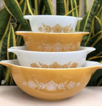 Vintage Pyrex Butterfly Gold Floral