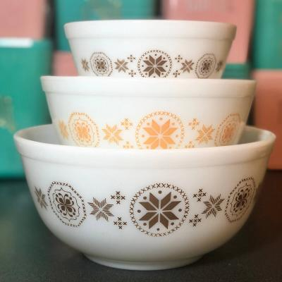 Vintage Pyrex Town and Country