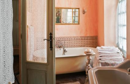 Romantic pink bathroom