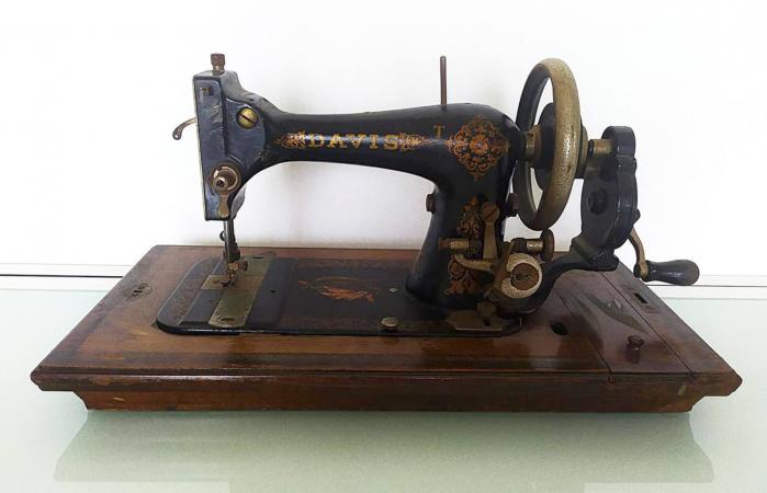Davis Sewing Machine