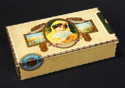 Antique Superiores cigar box