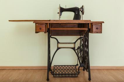 Antique manual sewing machine
