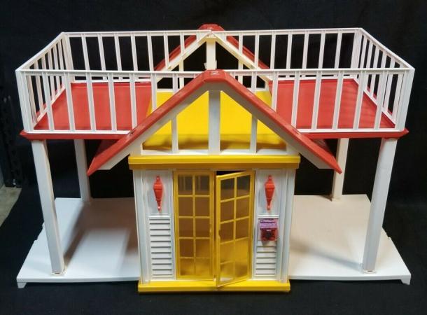 Vintage 1982 Barbie Dream Cottage