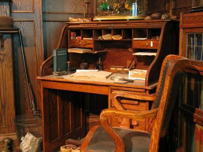 The roll top desk is characteristic of the Victorian office. - Antique Roll Top Desk LoveToKnow