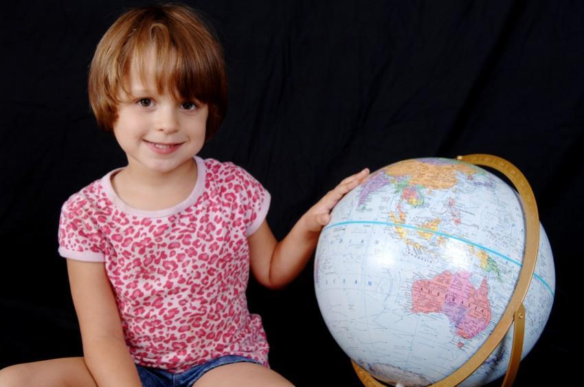 https://cf.ltkcdn.net/autism/images/slide/124365-850x563-Globe.jpg