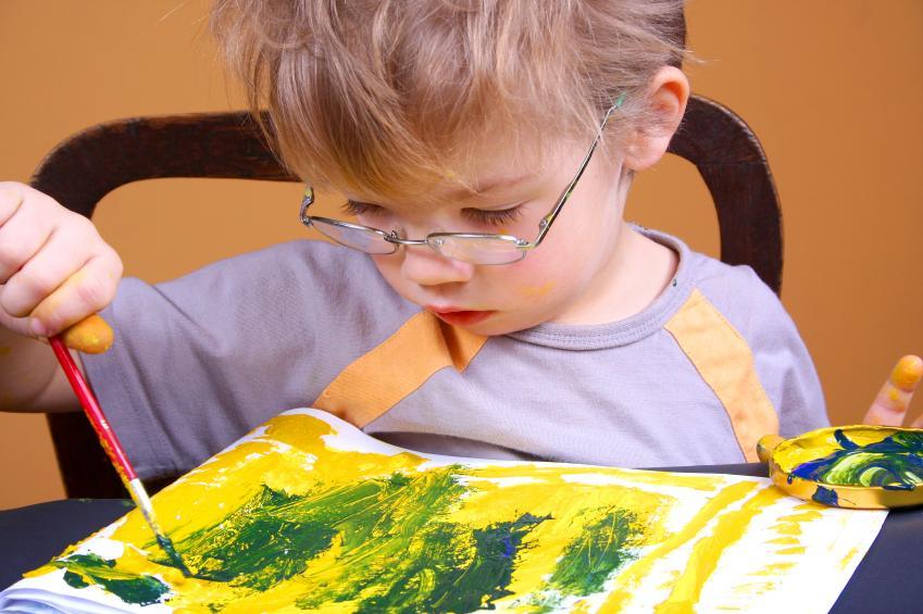 https://cf.ltkcdn.net/autism/images/slide/170218-849x565-painting.jpg
