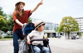Tips for Choosing a Stroller for an Autistic Child