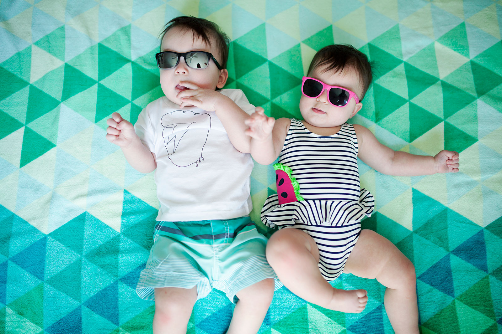 Carter/'s Infants Baby Swimsuit Rashguard Set Long Sleeves Pink//White Pokadot NWT
