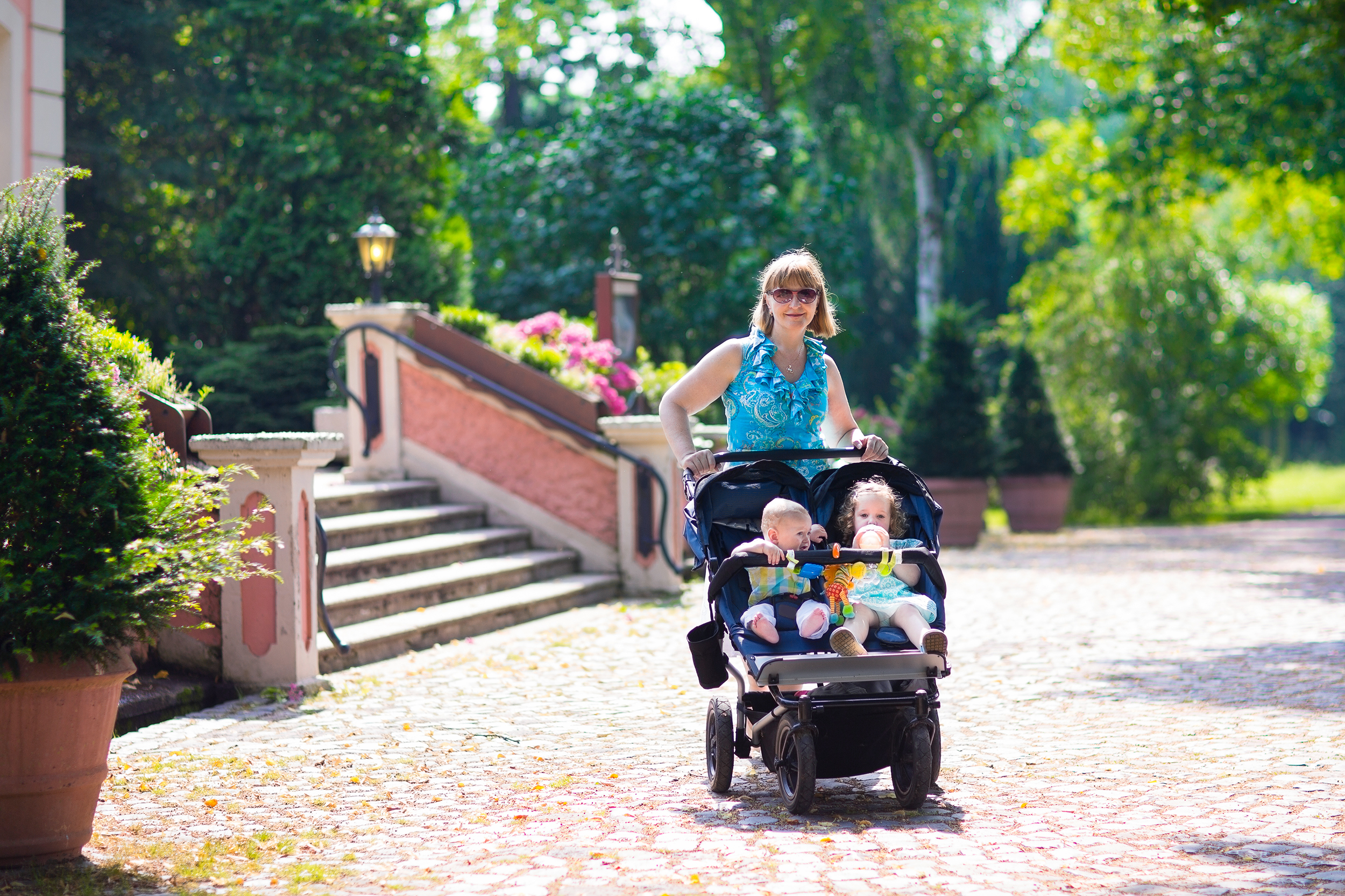 Lincoln front swivel wheel w release Navigator Lite Double Baby Jogger