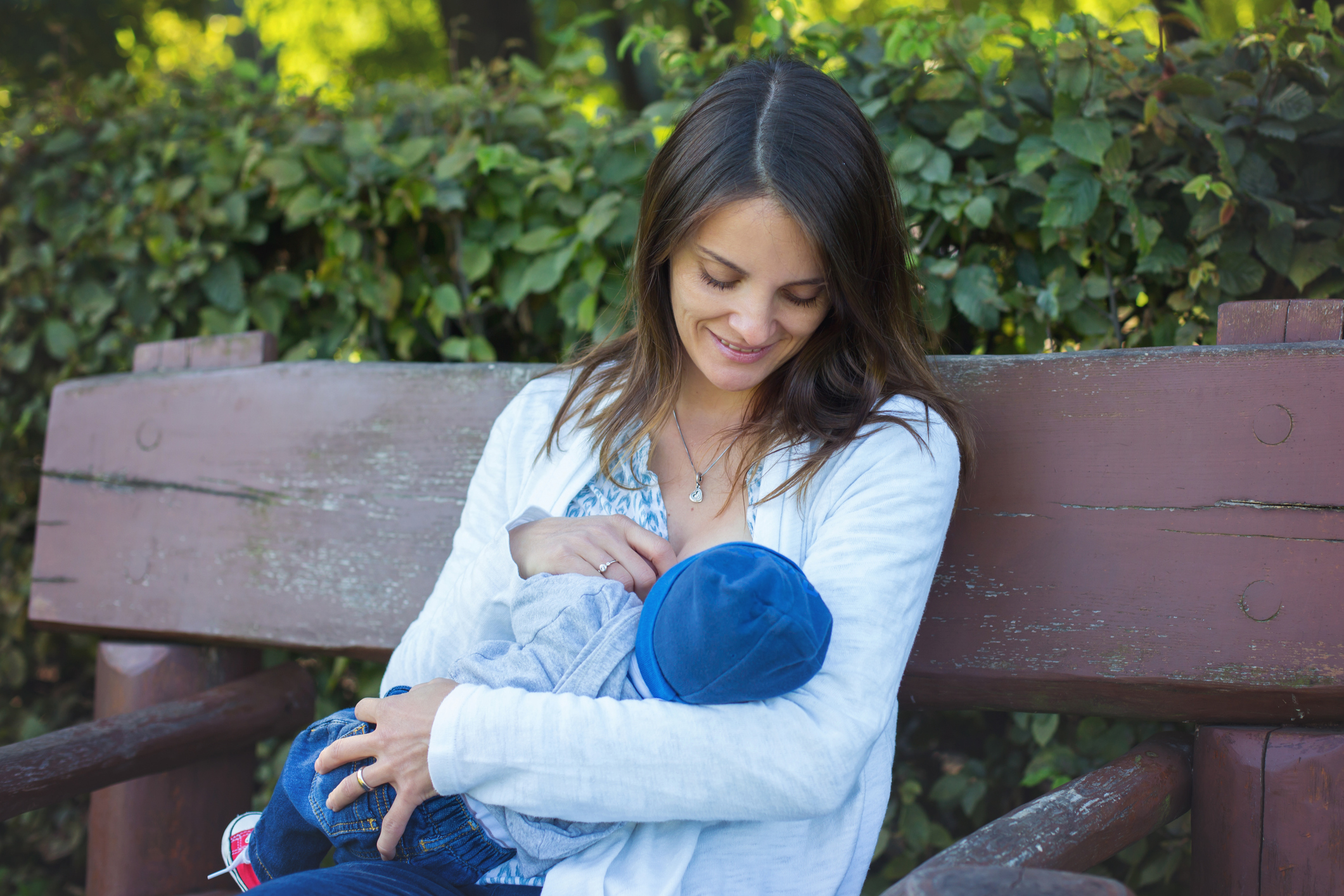 Best Breastfeeding Positions For Every Mom Lovetoknow