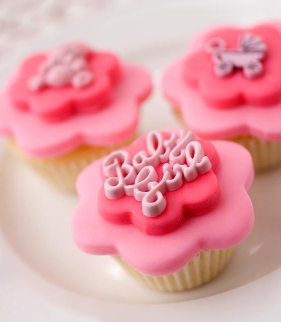 https://cf.ltkcdn.net/baby/images/slide/10087-566x649-cupcake2.jpg