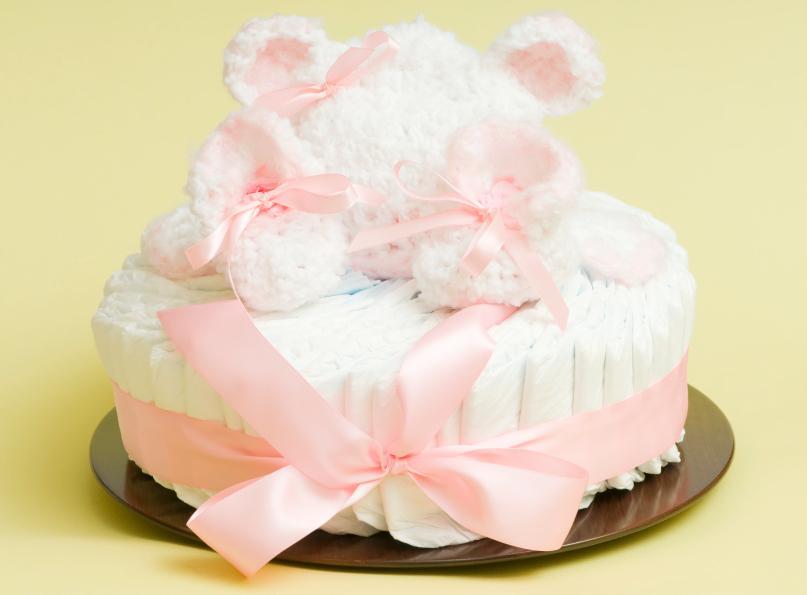 https://cf.ltkcdn.net/baby/images/slide/170803-807x595-diaper-cake-one-tier.jpg