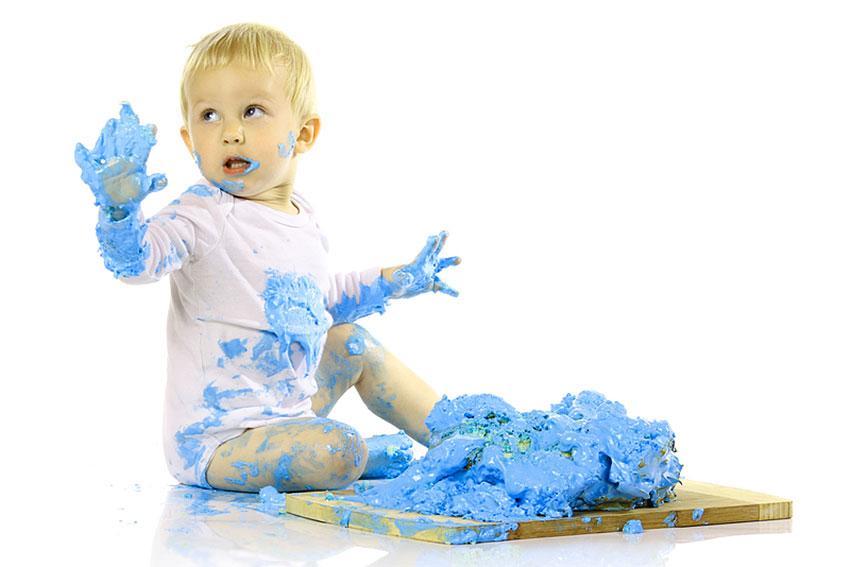 https://cf.ltkcdn.net/baby/images/slide/189111-850x567-blue-smashcake.jpg