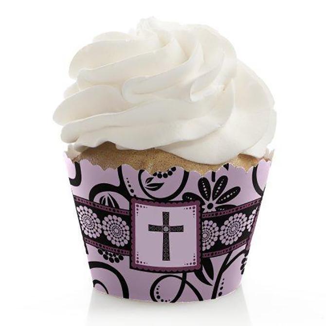 https://cf.ltkcdn.net/baby/images/slide/199072-670x670-Baptism-Cupcake.jpg
