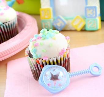 https://cf.ltkcdn.net/baby/images/slide/10088-601x565-cupcake3.jpg