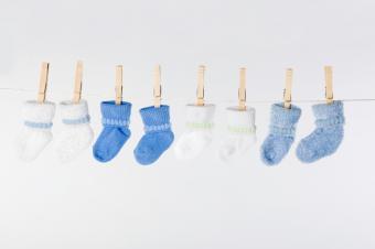 https://cf.ltkcdn.net/baby/images/slide/161263-849x565r1-blue-and-white-baby-socks.jpg