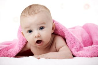 Types of Baby Blankets and How to Choose