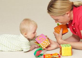 How to Encourage Baby to Have Tummy Time
