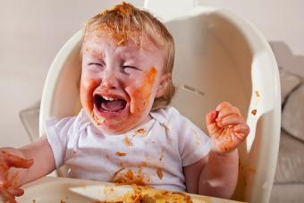 https://cf.ltkcdn.net/baby/images/slide/189109-850x567-crying-baby-and-spaghetti.jpg