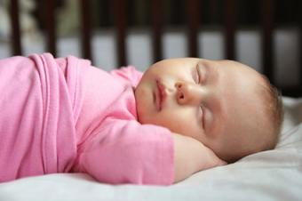 5 Tricks to Get Your Baby to Fall Asleep
