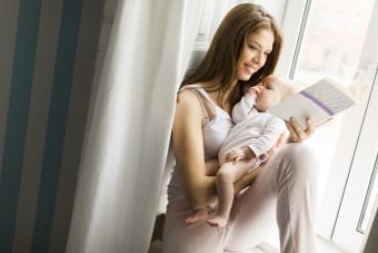 Surprising Benefits of Reading to Newborns