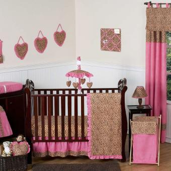 https://cf.ltkcdn.net/baby/images/slide/217674-850x850-Cheetah-Girl-Crib-Bedding-Collection.jpg