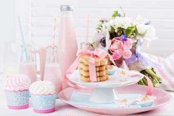 6 Pretty Pink Punches for Baby Showers (Easy Recipes)