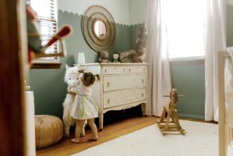 https://cf.ltkcdn.net/baby/images/slide/268394-850x567-green-nursery.jpg