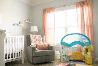 https://cf.ltkcdn.net/baby/images/slide/268396-850x567-cozy-nursery.jpg